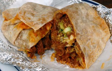 DSC 2377 taqueria burrito resized 600