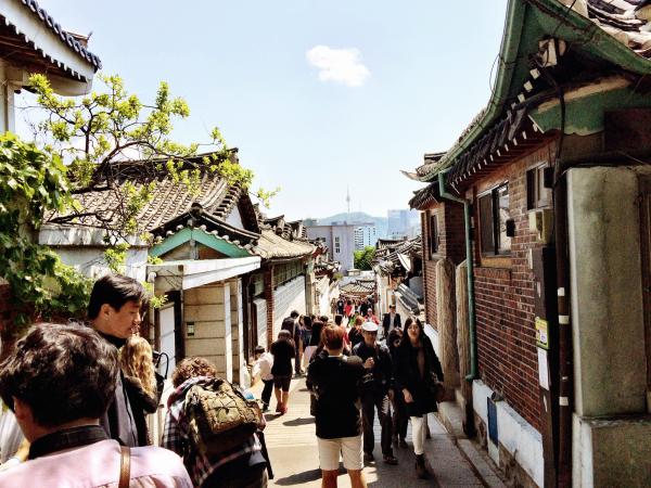 top spots in seoul bukchon