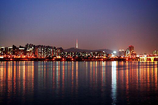 Han River Seoul at night