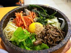 Korean_food-Bibimbap-02