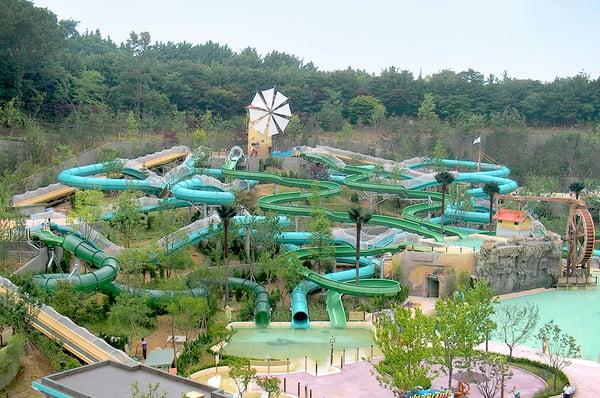 Master-Blasters-Caribbean-Bay-Everland-Resort-Korea