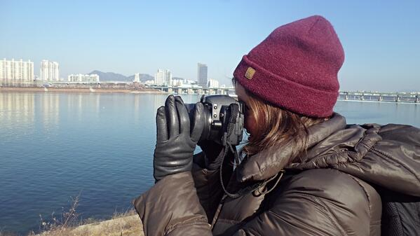 Teaching photography class on the Han river in Seoul