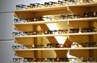 glasses-1916445_960_720.jpg